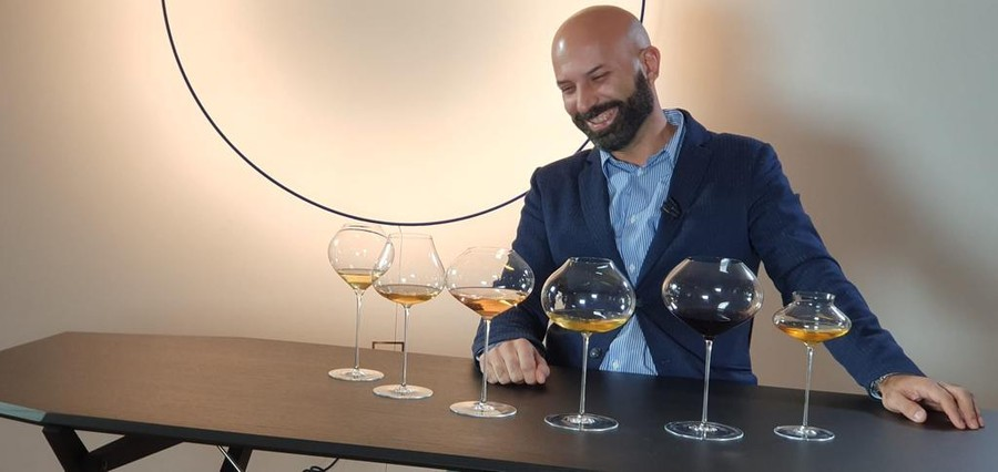 """Francesco Saverio Russo: """"12 mesi senza social? Si può fare"""". Parola di Wineblogger"""