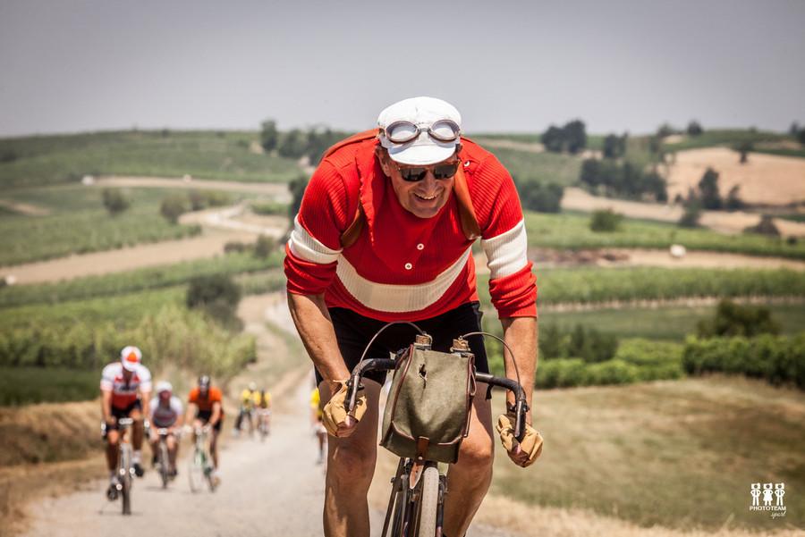 La celebre ciclostorica onora Coppi e tutti i ciclisti
