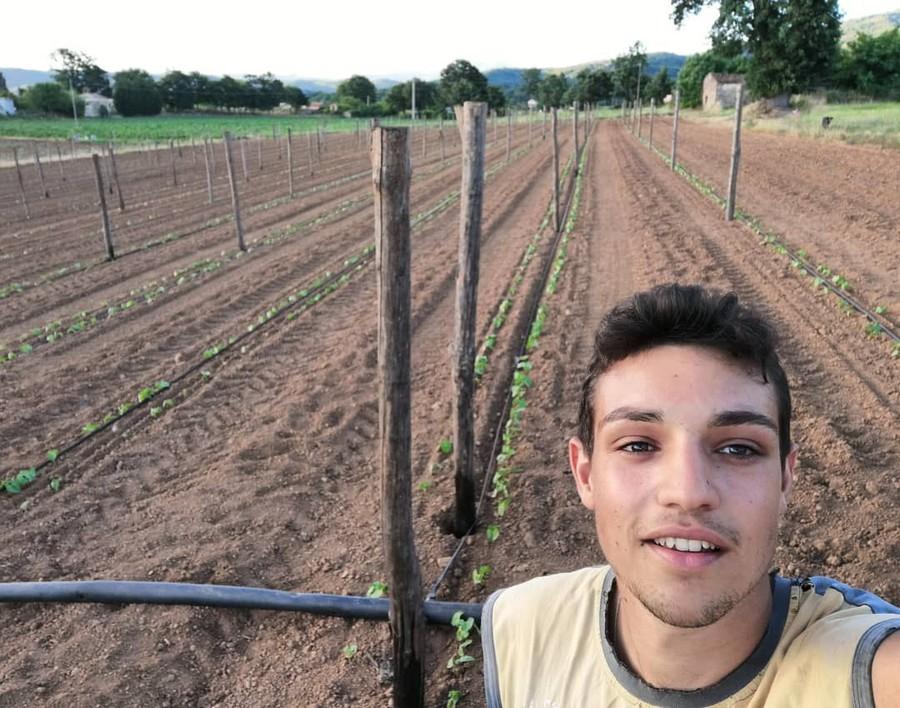 """Antonio Racioppi: """"Lavorando la terra coltiviamo i nostri sogni"""""""