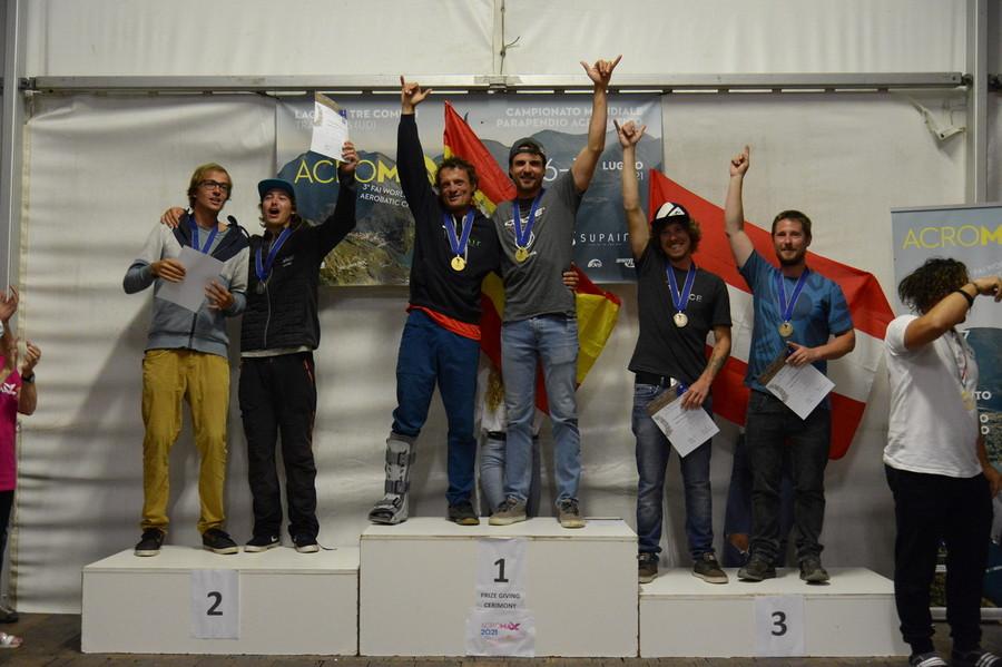 Ecco i campioni del mondo di Parapendio Acrobatico FAI
