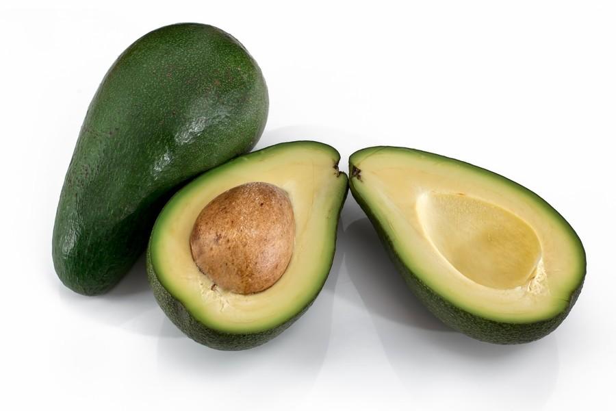 Avocado in insalata