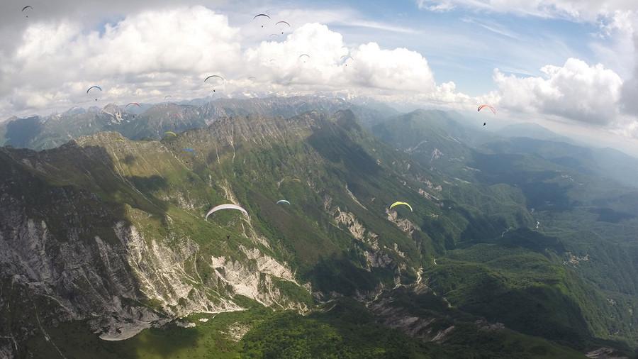 ACROMAX e campionato mondiale di parapendio acrobatico sul lago dei Tre Comuni