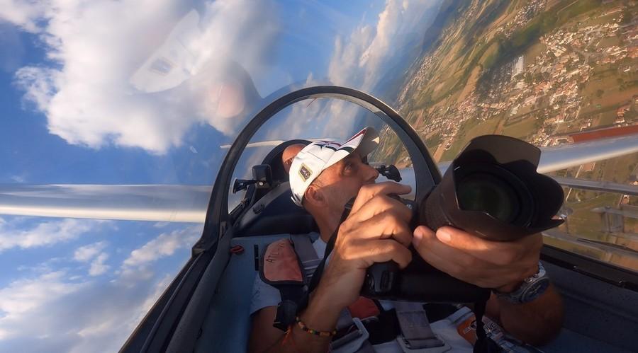 Aggrappato al cielo nel primo volo cross country!