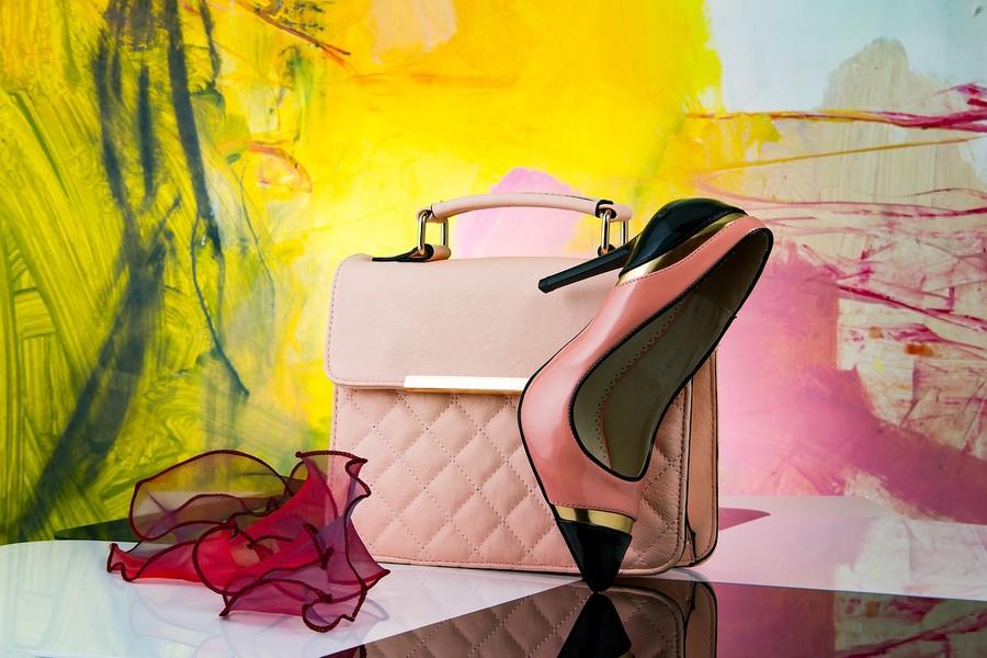 Dall'alta moda di Hermès all'arredamento: soluzioni green grazie ai funghi