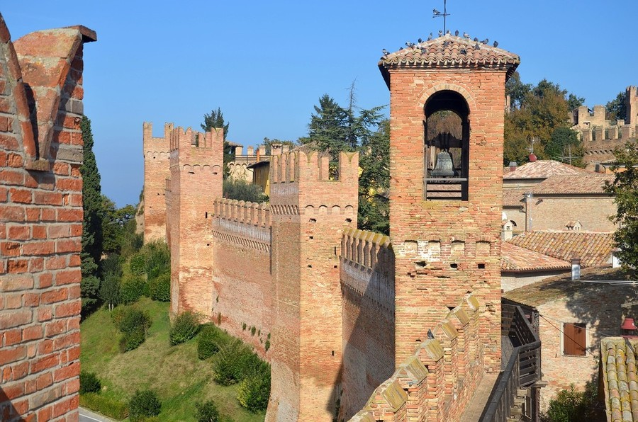 GRADARA, A PLACE WHERE TIME HAS STOPPED